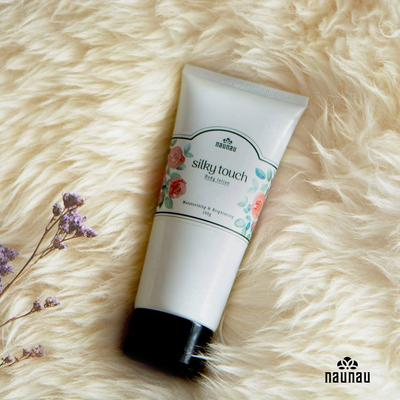 LOTION DƯỠNG THỂ SILKY TOUCH