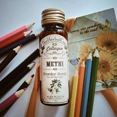 THE HERBAL CUP REVIEW VỀ TẨY DA CHẾT COLLAGEN METHI