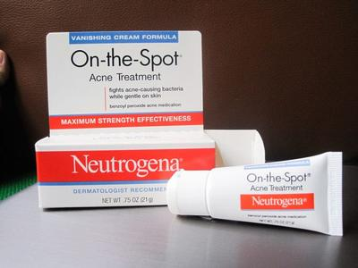 THIẾT KẾ NEUTROGENA ON-THE-SPOT ACNE TREATMENT REVIEW