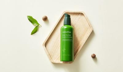 Review sữa dưỡng Innisfree Green Tea Seed Essence in Lotion