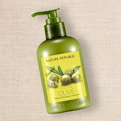 Tóc óng mượt cùng kem xả Nature Republic Natural Olive Hydro Treatment