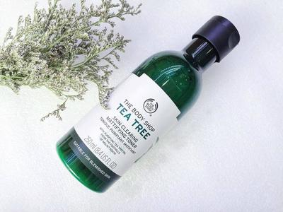 TEA TREE SKIN CLEARING MATTIFYING - TONER ĐẾN TỪ THE BODY SHOP
