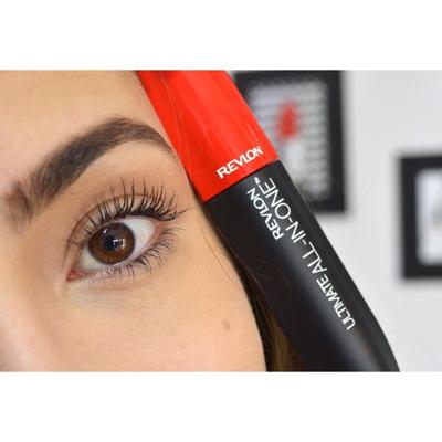 REVLON ULTIMATE ALL-IN-ONE MASCARA (190K)
