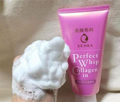 Review sữa rửa mặt tạo bọt Senka Perfect Whip collagen in