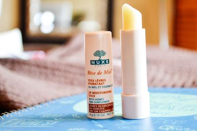 Review son dưỡng Nuxe Reve De Miel Lip Moisturizing Stick