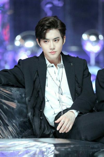 SONG TỬ - SUHO (EXO)