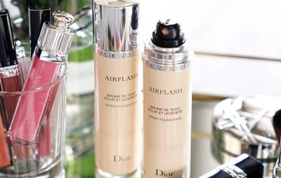 Review kem nền dạng xịt 5 sao Christian Dior Diorskin Airflash Spray Foundation