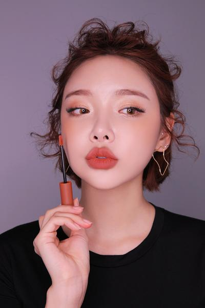 #5: SON KEM 3CE VELVET LIP TINT MÀU GOING RIGHT