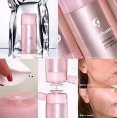 REVIEW ACID TONER GLOSSIER SOLUTION EXFOLIATING SKIN PERFECTOR